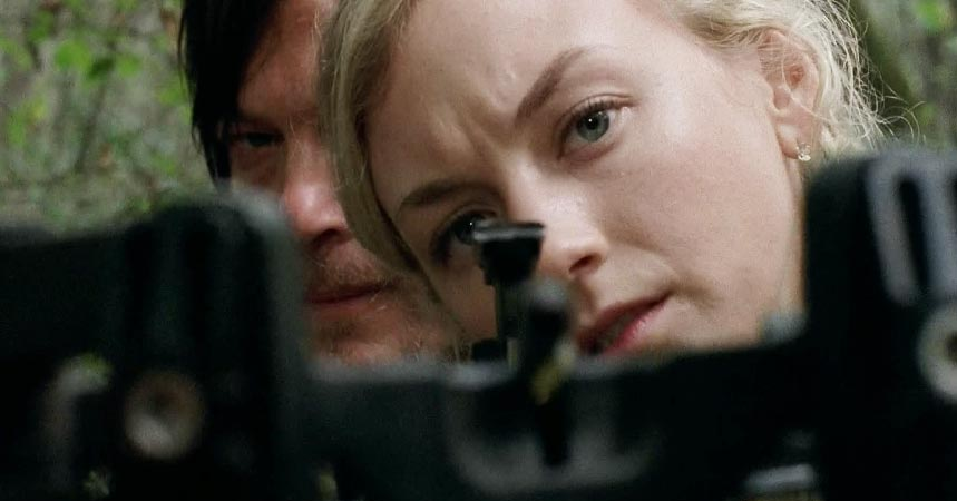 Daryl teaches Beth to track