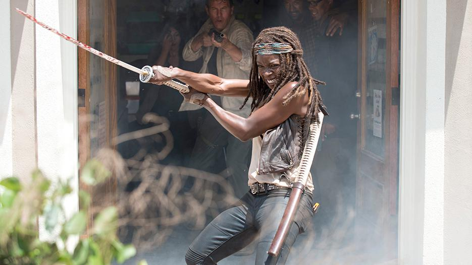 Michonne (Danai Gurira) helping the Alexandrians escape the pet store.