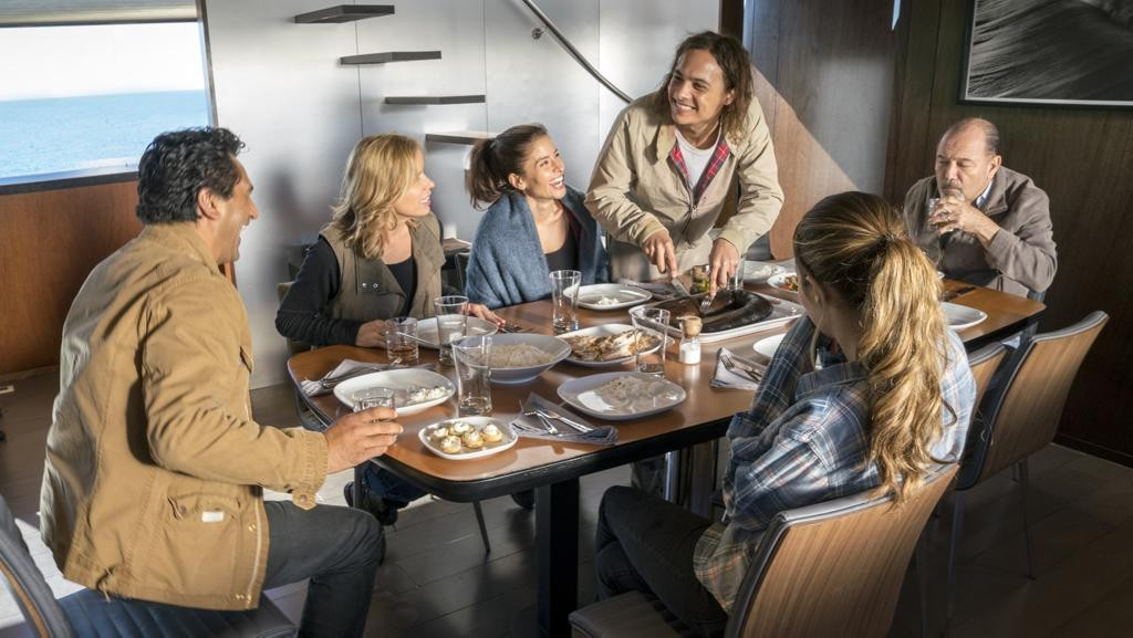 Cliff Curtis as Travis Manawa, Mercedes Mason as Ofelia Salazar, Frank Dillane as Nick Clark, Rubén Blades as Daniel Salazar, Alycia Pebnam-Carey as Alicia Clark, Kim Dickens as Madison Clark; Fear of the Walking Dead Season 2, Episode 01 - Photo Credit: Richard Foreman/AMC