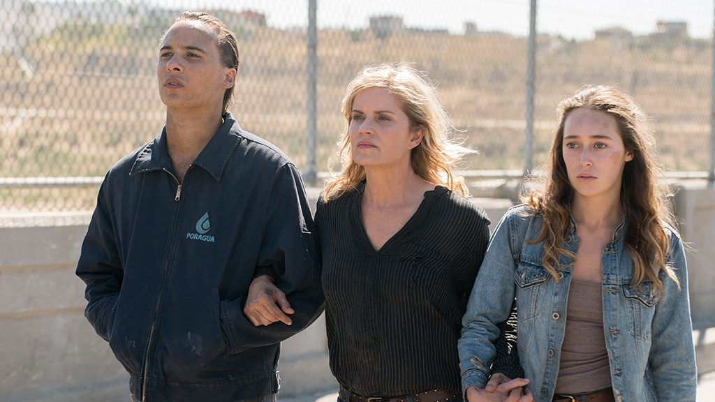 Nick (Frank Dillane), Madison (Kim Dickens) and Alicia (Alycia Debnam-Carey) stand together in the last episode of Season 3 of Fear the Walking Dead.